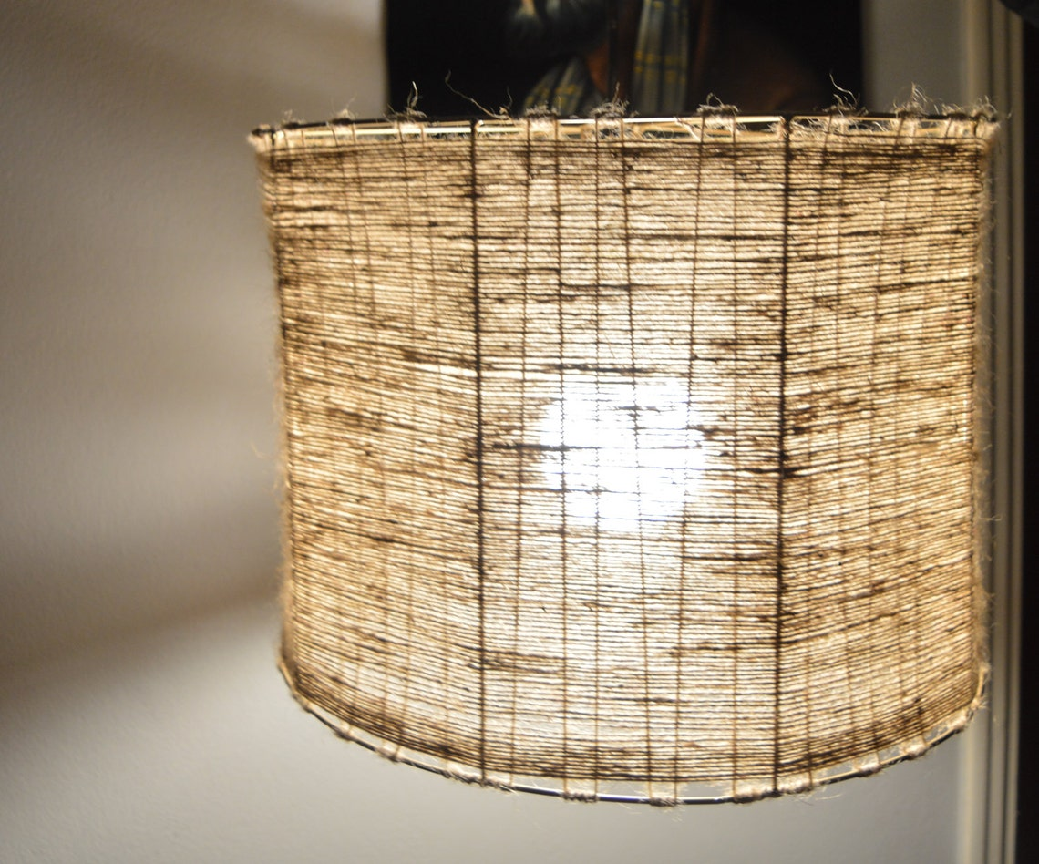 Pendant lamp. Lighting fixture. Modern pendant light. Rustic light. Hemp lampshade. String ceiling lamp. Shadow light, designing light up - Eclairage
