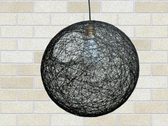 Moderne Lampen 16 : Schwarze kugel pendelleuchte. moderne pendelleuchte etsy