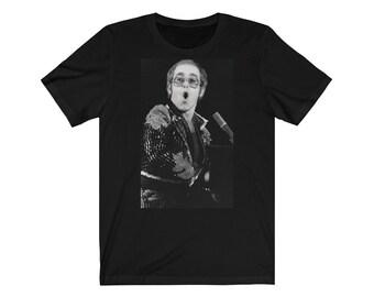 b2db14683 Elton John vintage photo art Unisex Jersey Short Sleeve Tee .printed in UK