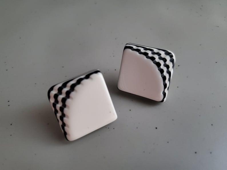 Vintage 1980/'s Black and White Geometric Earrings