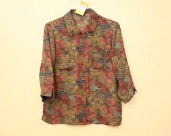 80s Era Vintage Silky Button Up 3/4 Sleeve Vintage Top Blouse in Women's Size Large with a 43 inch waist