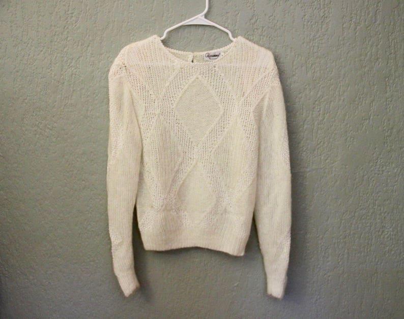 93a73defc Vintage Soft White Wool Blend Diamond Pattern Sweater Top