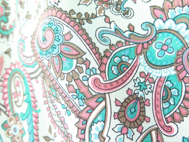 Paisley Blue Size 14: A pretty long sleeve light weight gathered shoulder collared shirt dress with a 42 waist 80s Era Vintage Dress