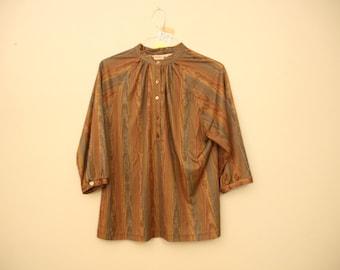70s Era Vintage Faux Wood Grain Earthtone Three Quarter Sleeve Top in Women's Size Large