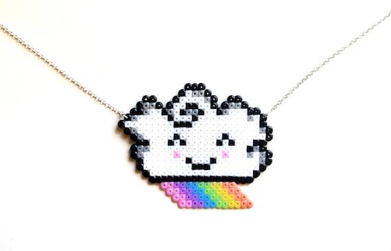 Mignon Kawaii Arc En Ciel Collier Collier En Argent Bébé Nuage Pixel Bijoux 8 Bit Hama Perler Perles Pixel Collier Nuage Arc En Ciel Breloque