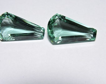 2 Pieces Beautiful Apple Green Quartz Faceted Fancy Shaped Loose Gemstone Size 25X15 MM