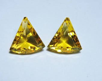 2 Pieces Very Beautiful Citrine Quartz Faceted Fancy Triangle Briolette Size 16X16 MM