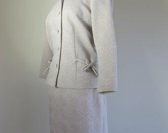Fabulous Mad Men Silver w Bow 60s Crimplene Skirt Suit