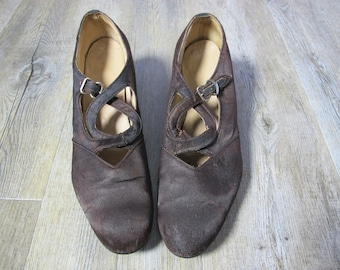 Vintage 1920s 1930s Silk Satin Chocolate Brown Timeworn Ladies Shoes