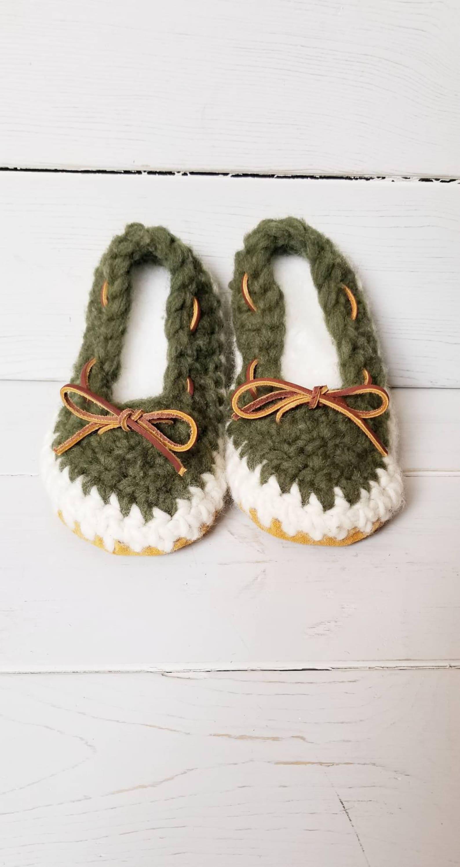 womens slippers, crochet slippers, ladies slippers, spring/summer slippers, wool slippers, slip on slippers, ballet slippers, ec