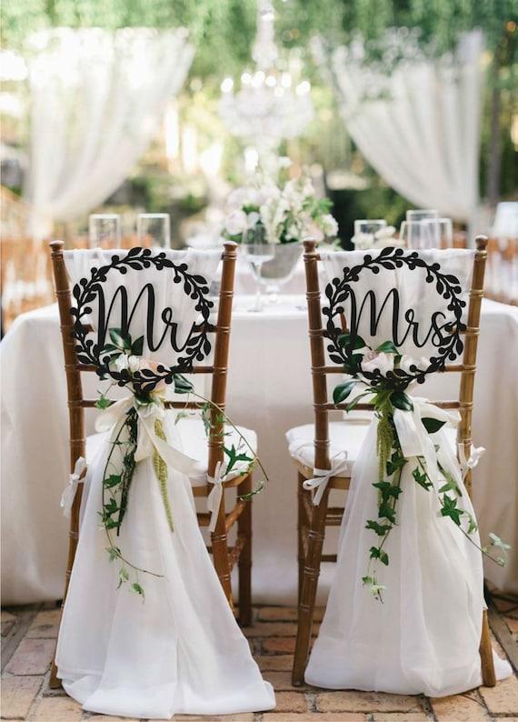 Mariée et marié carte or chaise signes mariage décoration