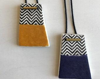 Paperclay Pendant, Cheveron