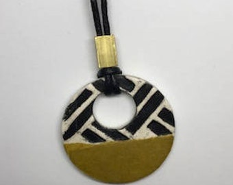 Paperclay Pendant, Weave