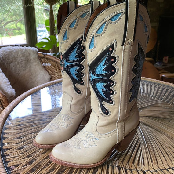 .:.Vintage Butterfly Boots.:.