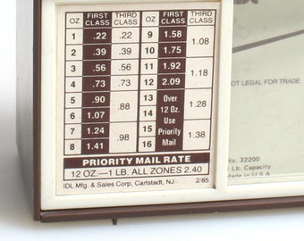 Vintage Mail Scale//Weighing Scale