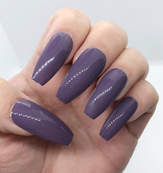 LILO // Press On Nails // Purple / Taupe