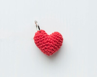 Crochet key ring in the form of a core