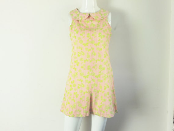 60s babydoll butterfly daisy floral pastel pink Pe