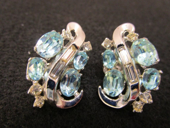 Vintage Crown Trifari Earrings Crown Trifari Pat … - image 1