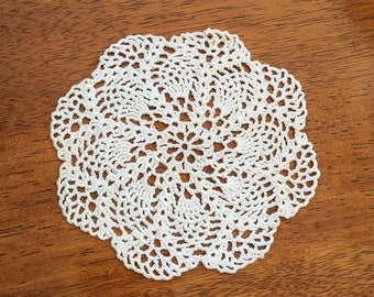 Small Pineapple Doily