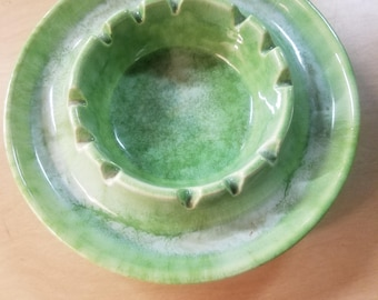 Haeger Ashtray mid mod Mid Century Green Swirl Tobaccicana collectible