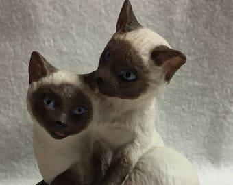 Two Siamese Kittens on Pillow by Aynsley (#076)