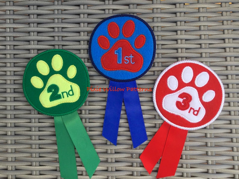 ITH Dog Show Rosettes, 1st, 2nd and 3rd Prize - for 4x4 Hoop  Award badge  set, Machine embroidery design by Pixie Willow Patterns