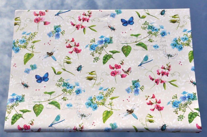 Wrapping paper Daylight Time lyric base price: 6,02Eurosquare meters