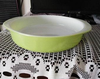 Vintage Pyrex 221 Dish 8 Inch