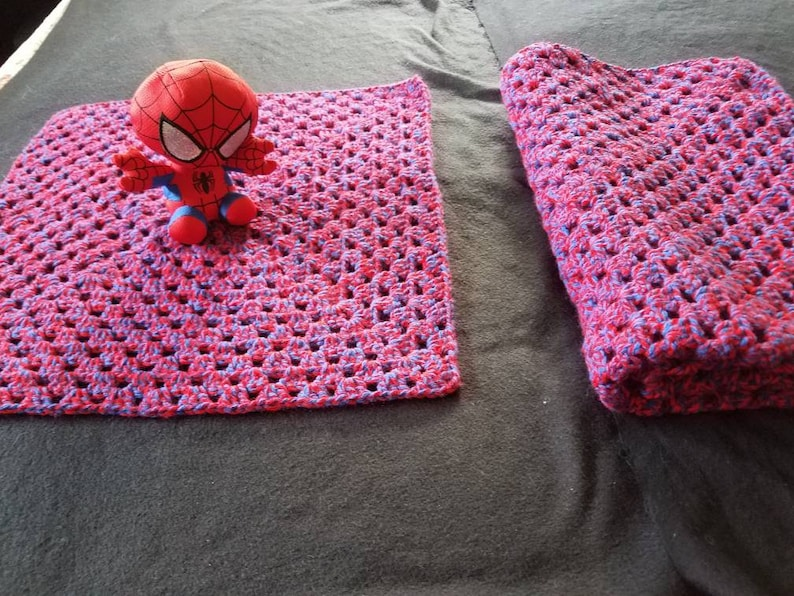 Spider man blanket and travel cuddly combo