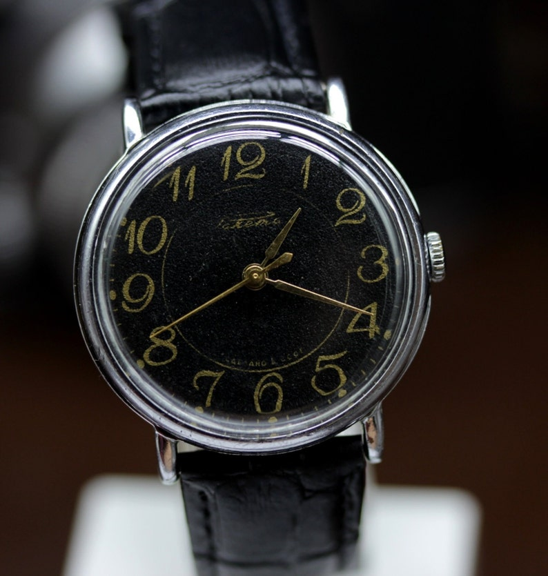 a18be3583560 Vintage USSR Dress Watch RAKETA guarantee Mechanical 2601.H