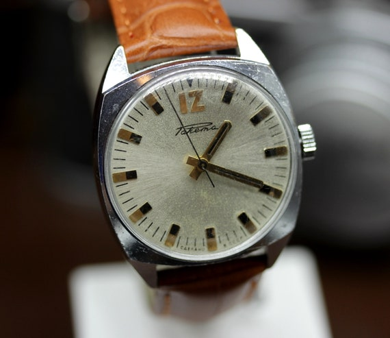 681d597f539 Vintage Dress Watch Raketa ANTIMAGNETIC 2610 itsvintagetime