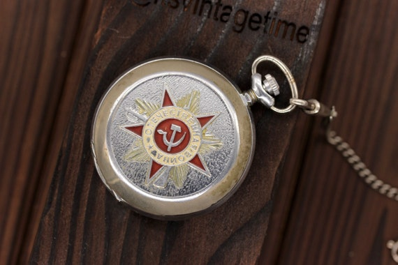 MOLNIJA Pocket Watch USSR 40 years of Victory Orde