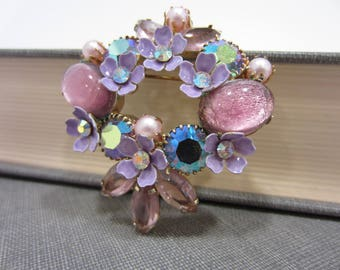 Incredible Kramer Faux Pearl, Aurora Borealis, & Rhinestone Flower Wreath Brooch
