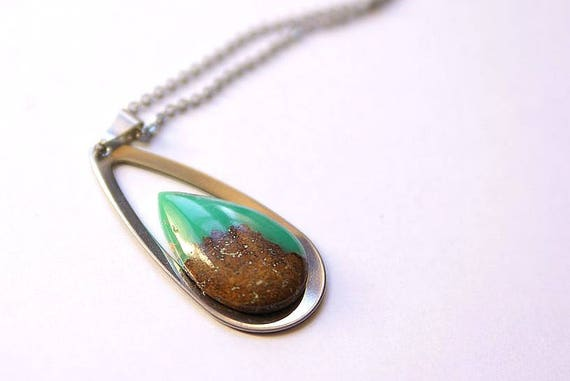 Natural Chrysoprase Jewelry, Gemstone Necklace, Pendant Cabochon, Heart Chakra, Chrysoprase Gift for Her, birthstone