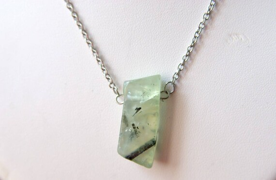 Prehnite Bar necklace on 925 Silver Sterling Chain, Prehnite Gemstone, Prehnite jewelry, Healing Stone, Protection Stone, Minimalist, Zodiac