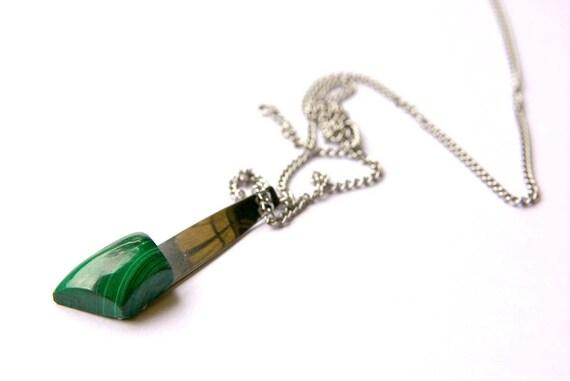 Malachite Pendant,  Stone Protection, Sacred Chakra, Healing Crystals, Malachite Jewelry, Gift for Her, birthstone