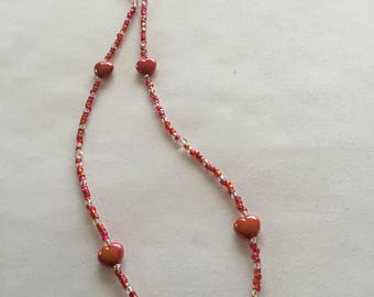 Sparkly pinky-red heart beaded spectacle/glasses chain