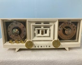 1954 Zenith R-519-W tube radio with iphone or bluetooth Input.