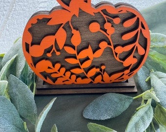 Floral pumpkin with stand