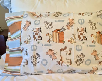 Farm Pillow Case. Kid. Child. Toddler. Baby. Pig. Cow. Sheep. Chicken. Horse. EIEIO.