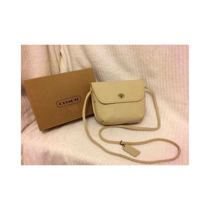 COACH Vintage 1992 Off White Ivory Leather Crossbody Purse Handbag Original Box
