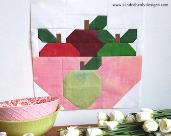 Fall apples quilt block, traditionally pieced, PDF Digital Download Apples quilt block, autumn fall quilt,
