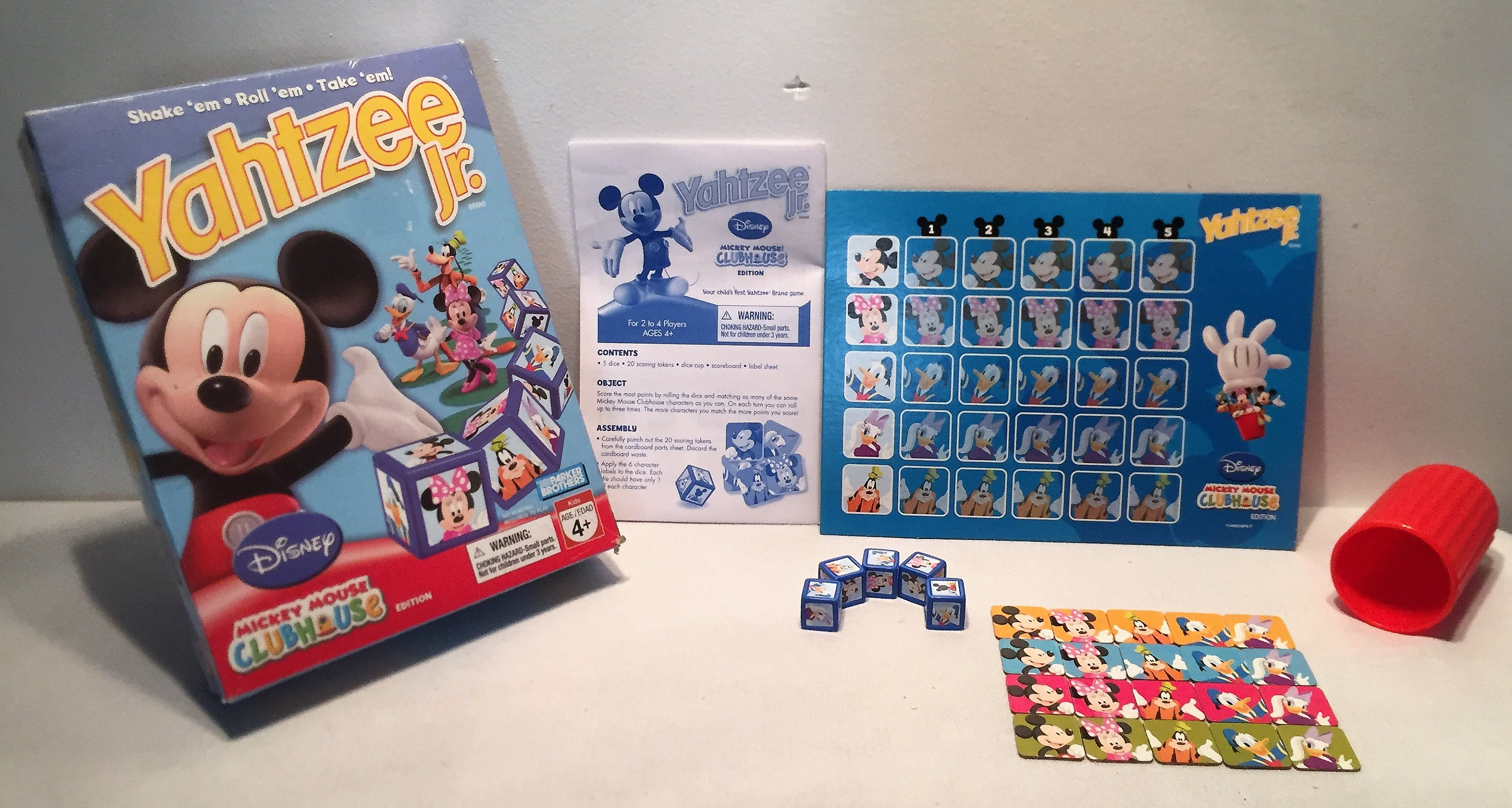 disney yahtzee jr mickey mouse club house dice game complete