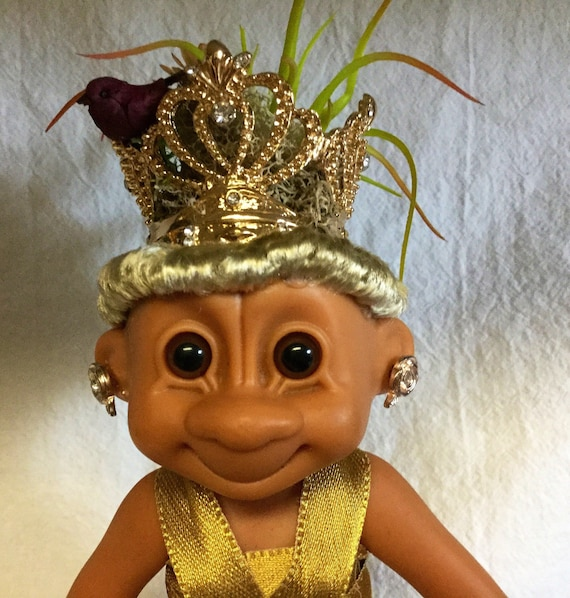 """Vintage Queen Troll on patrol 6"""" Lady Troll Collectible All Hail the Queen Reclaimed vinyl Doll Planter with Faux Plant hair and Crown"""