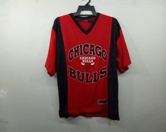 292cbc83eb6c Vintage Chicago Bulls Raglan Nba Basketball Medium Size