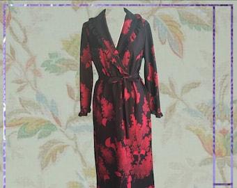 70s Red Leaf Robe