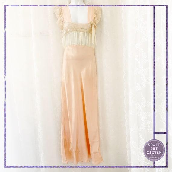 1930s Vintage Ballet Pink Satin Nightdress - image 4