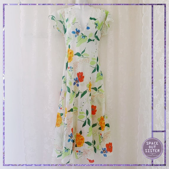 1980s Botanical Beauty Nightdress