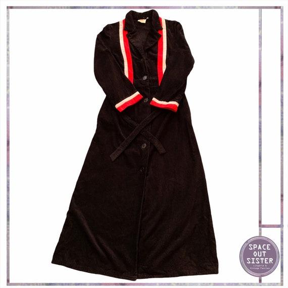 1970s Vintage Dynamic Stripe Cotton Robe